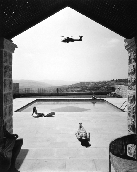 Frédéric Brenner: Exile at Home - Ramot, Jerusalem, Israel, 1997 - Howard Greenberg Gallery