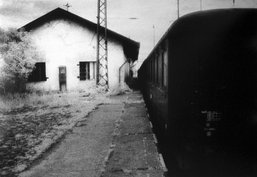 Judith Glickman - Bohusonice Train Station at Theresienstadt, Czechoslovakia, 1991 - Howard Greenberg Gallery