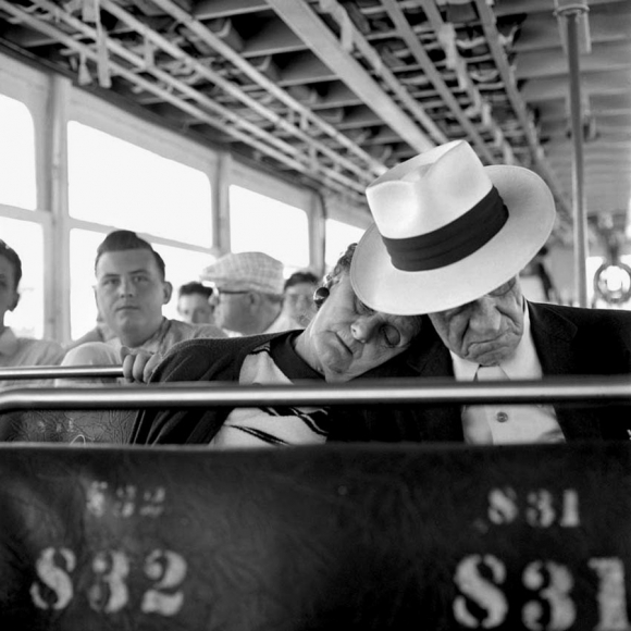 Vivian Maier: Photographs from the Maloof Collection 2011 howard greenberg gallery