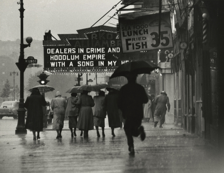 Gordon Parks - Harlem Neighborhood, 1952 - Howard Greenberg Gallery