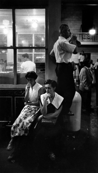 James Karales - Andrea Doria, Awaiting Survivors, NYC, 1956 - Howard Greenberg Gallery
