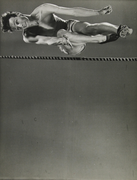 Gjon Mili - High Jumper Clarke Mallery, 1939 - Howard Greenberg Gallery