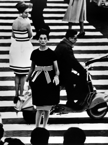 William Klein: Fashion + Street 2013 Howard Greenberg Gallery