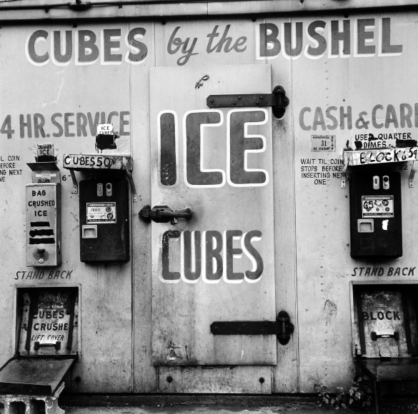Tom Arndt - Ice cube machine, Minneapolis, 1970 - Howard Greenberg Gallery