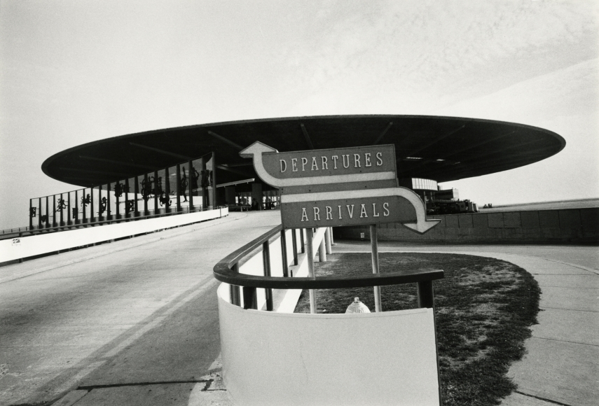 Esther Bubley - Pan Am Terminal, JFK airport, 1960s - Howard Greenberg Gallery