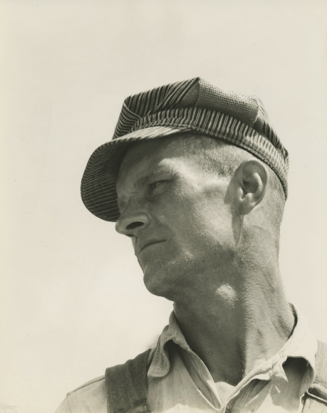 Walker Evans  Construction Worker, Louisiana, 1936 Gelatin silver print; printed c.1936, Howard Greenberg Gallery, 2020