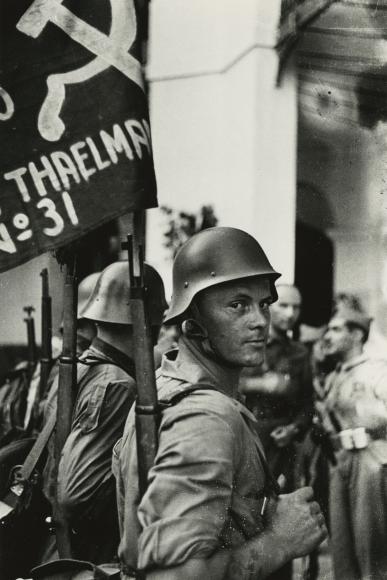 """David Seymour """"Chim"""" - Soldier, Ernst Thaelmann brigade, Republic of Spain, 1936 - Howard Greenberg Gallery"""