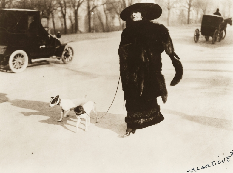 Jacques-Henri Lartigue - Avenue du Bois de Boulogne, 1911 - Howard Greenberg Gallery