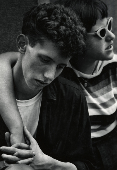 Dave Heath - Washington Square, NYC, 1959 - Howard Greenberg Gallery