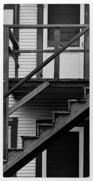 Arnold Newman - Clapboard House, West Palm Beach, FL, 1940 - Howard Greenberg Gallery