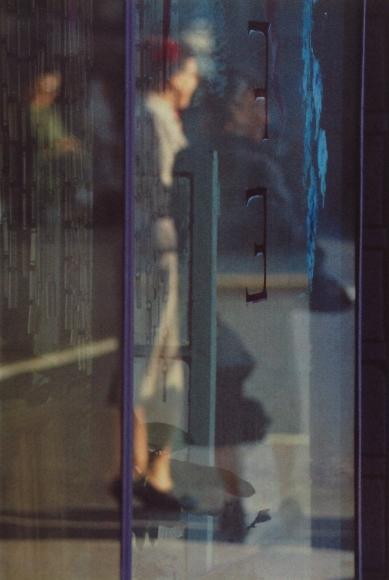 Saul Leiter - Walking, 1956 - Howard Greenberg Gallery