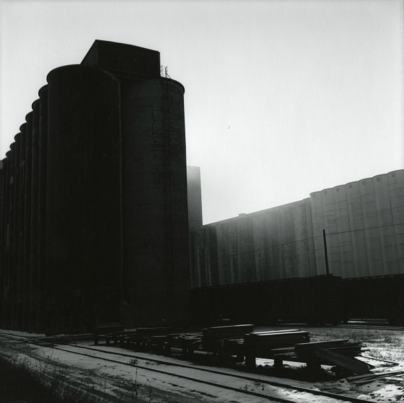 Frank Gohlke - Grain Elevators - Minneapolis - Series II, 1973 - Howard Greenberg Gallery