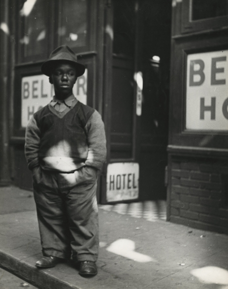Lisette Model - Bowery, 1942 - Howard Greenberg Gallery