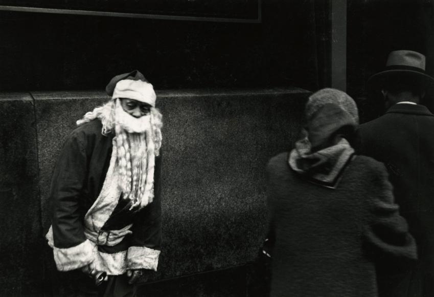 Dave Heath - Chicago, 1955 - Howard Greenberg Gallery