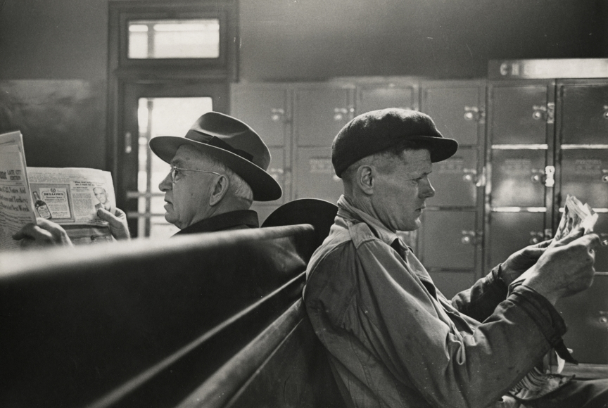 Esther Bubley - Bus Story, 1947 - Howard Greenberg Gallery