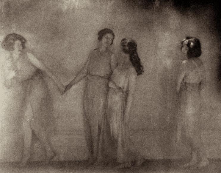 Clarence White - Dancers in Greek Drapery, c.1911 - Howard Greenberg Gallery