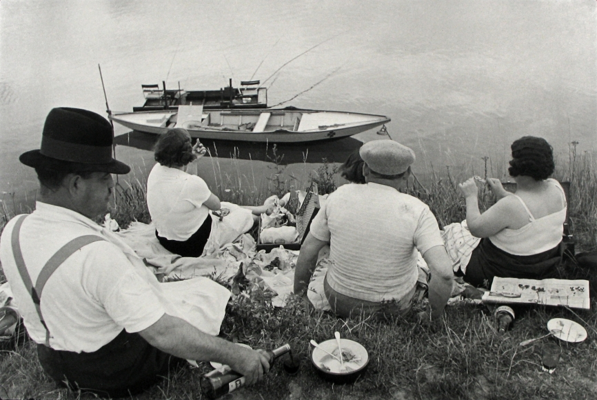 Henri Cartier-Bresson - Picnic on the Banks of the Marne, France, 1938 - Howard Greenberg Gallery