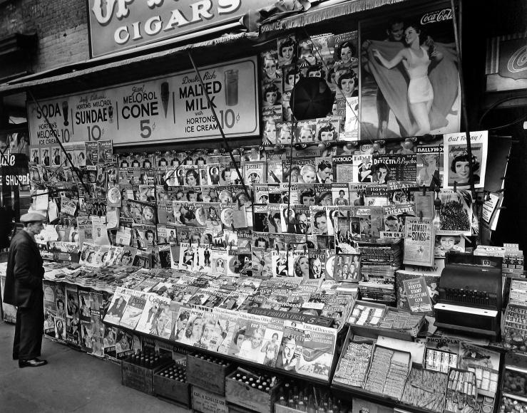 Berenice Abbott - Newsstand, 32nd Street and 3rd Avenue, New York - Howard Greenberg Gallery