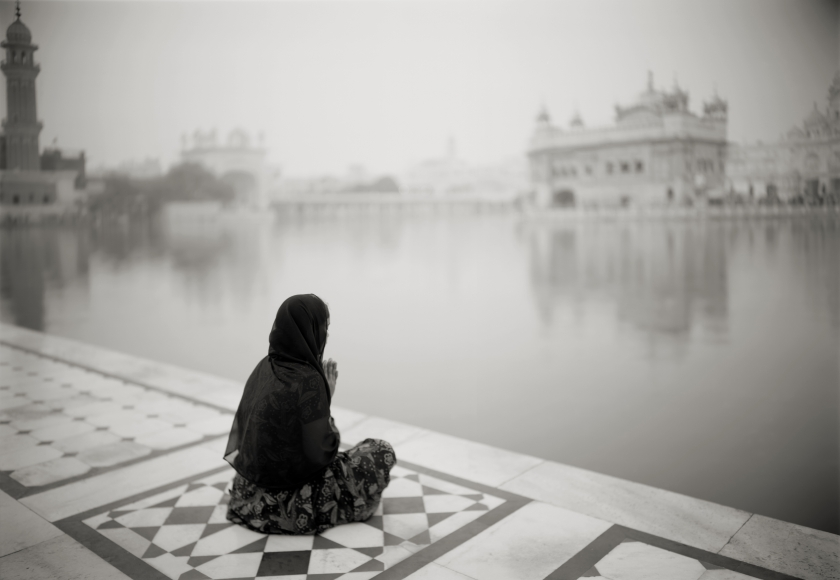 Kenro Izu - Amritsar #376, India, 2009 - Howard Greenberg Gallery