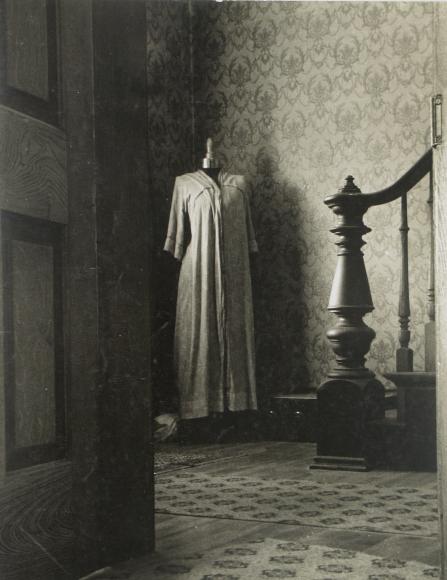 Peter Sekaer: An Untold Story 2010 Howard Greenberg Gallery