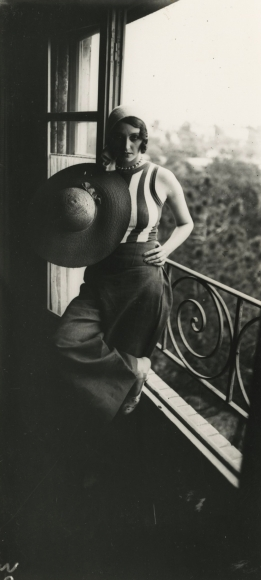 Jacques-Henri Lartigue - Renee Perle, 1930 - Howard Greenberg Gallery