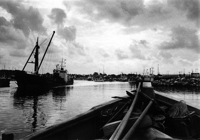 Judith Glickman - Gilleleje Harbor, Denmark, 1993 - Howard Greenberg Gallery