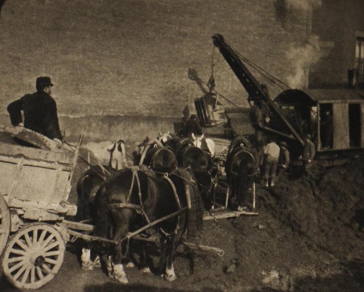 Alfred Stieglitz - Excavating - New York, 1911 - Howard Greenberg Gallery