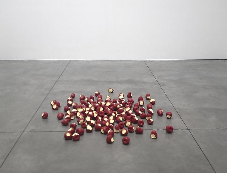 Tom Friedman, Untitled (apples), 2012