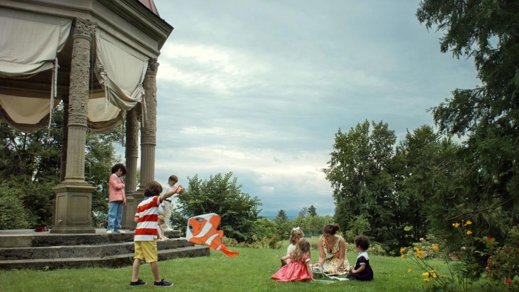 Ragnar Kjartansson, Scenes from Western Culture, Rich German Children (Ingibjörg Sigurjónsdóttir), 2015