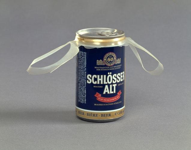 Martin Kippenberger Alkoholfolter, 1989
