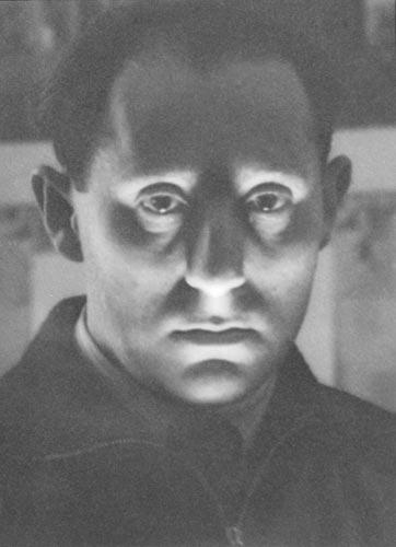 Alfred Eisenstaedt Self portrait of Eisenstaedt, 1933
