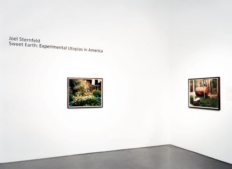 Joel Sternfeld, Sweet Earth: Experimental Utopias in America