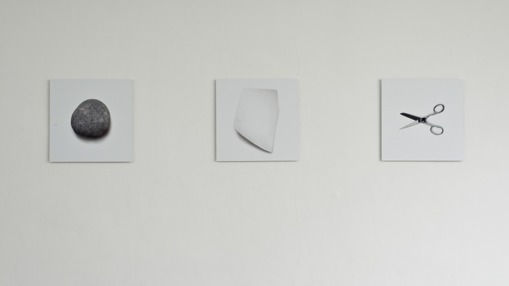Ceal Floyer, Rock-Paper-Scissors, 2013