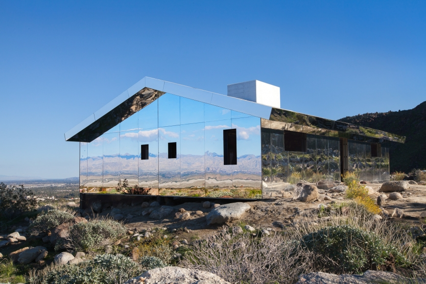 Desert X installation view of Doug Aitken, Mirage 2017