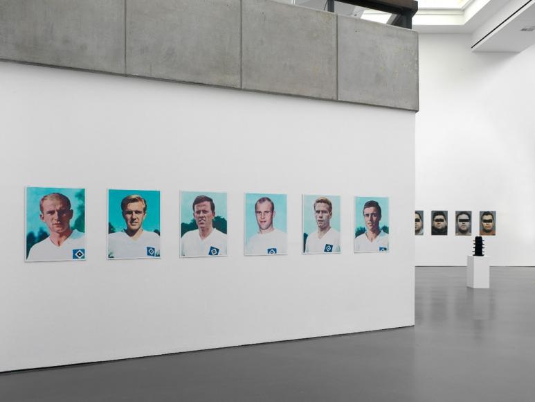 Hans-Peter Feldmann, An Art Exhibition, Kunsthalle Düsseldorf, 2010