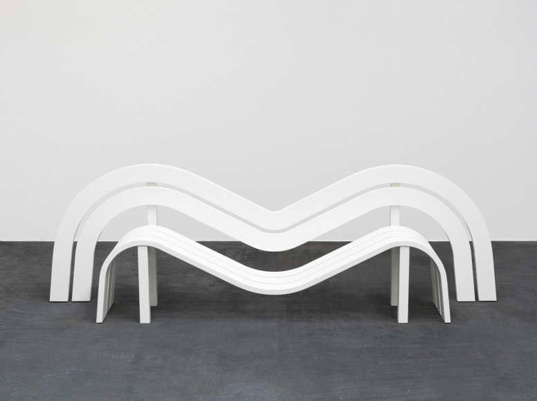 Jeppe Hein, Modified Social Bench #17, 2012
