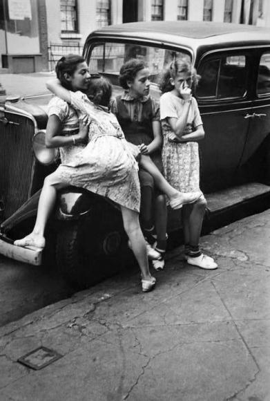 Helen Levitt NYC 1938 kids with car