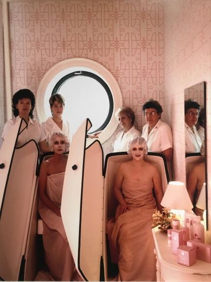 Neal Slavin Elizabeth Arden Masseuses, Washington, DC, 1987
