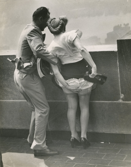 Weegee On top of Empire State Building ca.1942