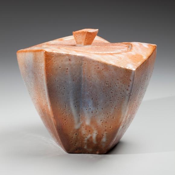 Kato, Yasukage, Kato Yasukage, Japanese, ceramics, contemporary, red, white, shino, angular, mizusashi, waterjar, water jar, glazed, glazed stoneware, stoneware, 2011, blue, lid