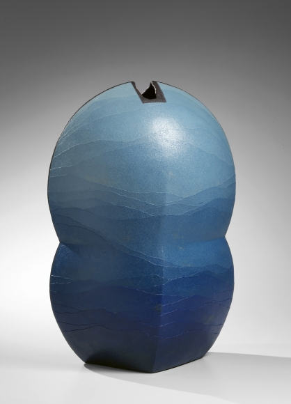 Flattened and lobed vase, 2002, Japanese contemporary ceramics, modern, sculpture
