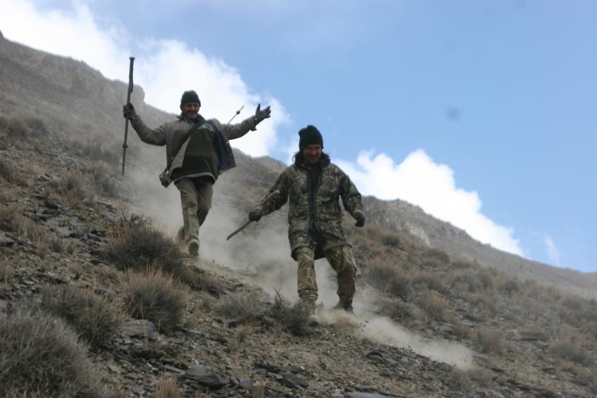 John Banovich, Snow Leopard Research Trip, Pakistan, 2008