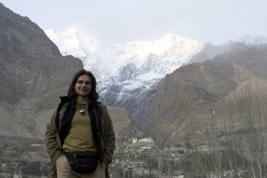John Banovich, 14,000 feet looking for snow leopards in the Karakorum Mountains, Pakistan 2008