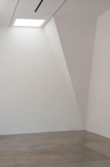 David Lamelas, Corner Piece