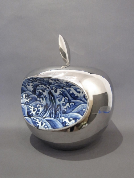 Li Lihong - Apple - China (Silver), 2008