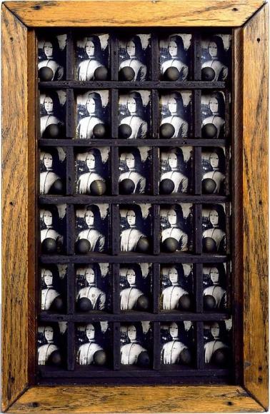 Joseph Cornell Untitled (Medici Box), ca. 1950