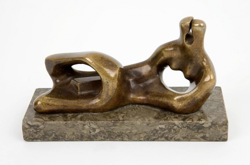Henry Moore Reclining Figure, 1938