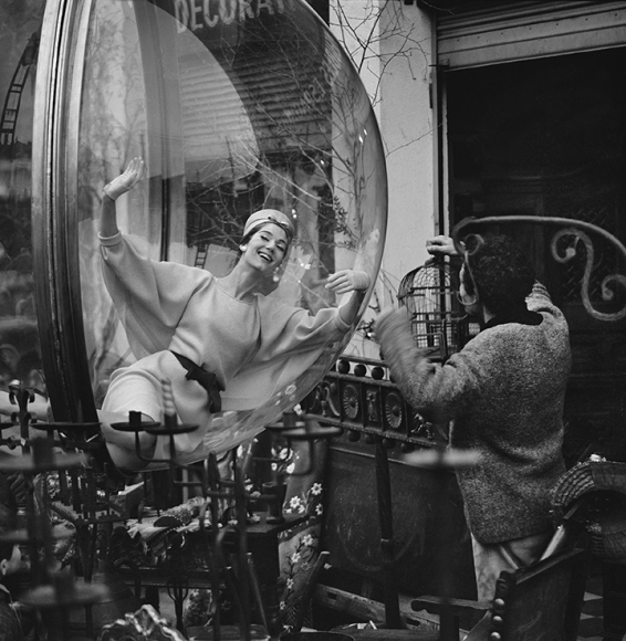 Bird Cage Laugh, Paris, 1963