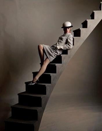 Paula Stairs, Bazaar, New York, 1964