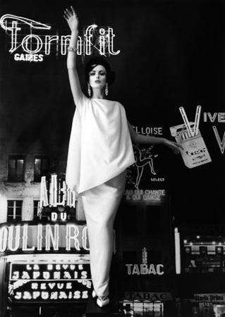 Dorothy and Formfit (Vogue), Paris, 1960
